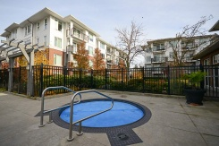 249 9388 MCKIM WAY - Richmond North - West Cambie