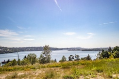 218 3608 DEERCREST DRIVE - Mount Seymour Parkway - Roche Point
