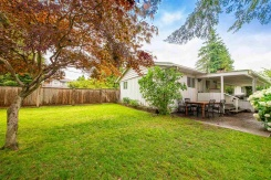 21678 MOUNTAINVIEW CRESCENT - Maple Ridge - West Central