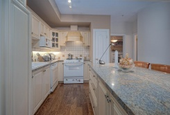 976 W 54TH AVENUE - Vancouver Westside South - South Cambie