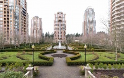 1706 6888 STATION HILL DRIVE - Burnaby South - South Slope