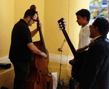 Mark chats with Cuban bass player