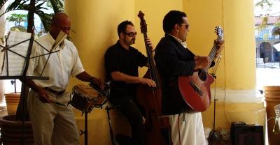 Mark improvises with Cuban band