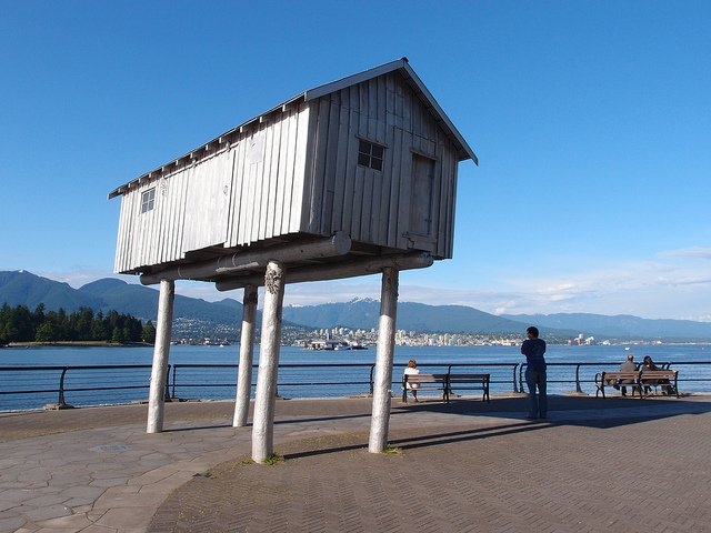 Vancouver Sea Wall by Guilhem Vellut