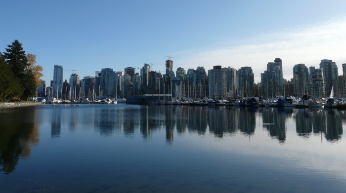 Vancouver downtown by Lucas Gomes