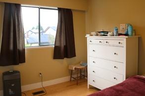 cornerbookcres13thirdbedroom