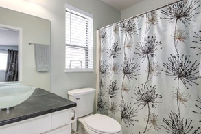 master bedroom ensuite bath   3151 chatham st