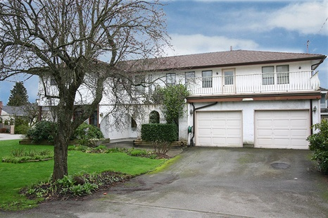 3320 Barmond Avenue - Richmond - Seafair
