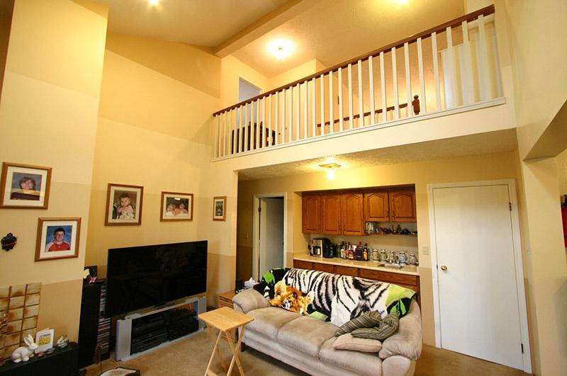 3320 barmond   family room