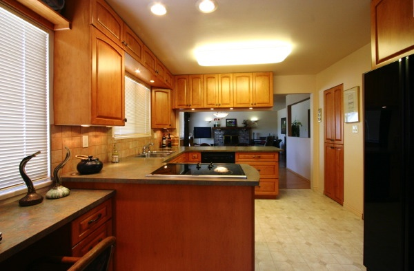 kitchen to living-dining ro