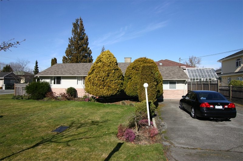 3611 Pacemore Avenue - Richmond - Seafair
