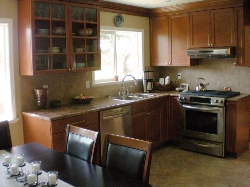 kitchen &eating area