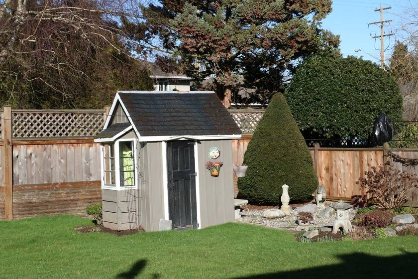 4   3811 barmond ave   garden shed