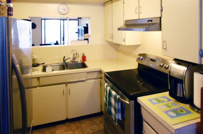 4531 cabot   kitchen