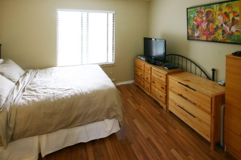 4531 cabot   master bedroom