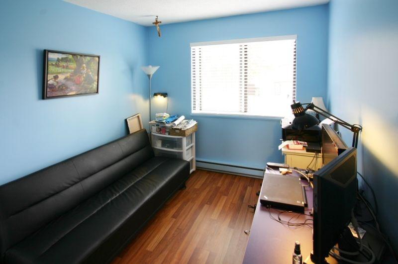 4531 cabot   third bedroom
