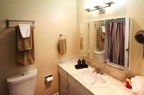 4531 cabot   bathroom