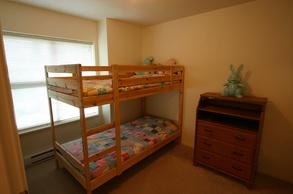 second bedroom   50 7088 lynnwood