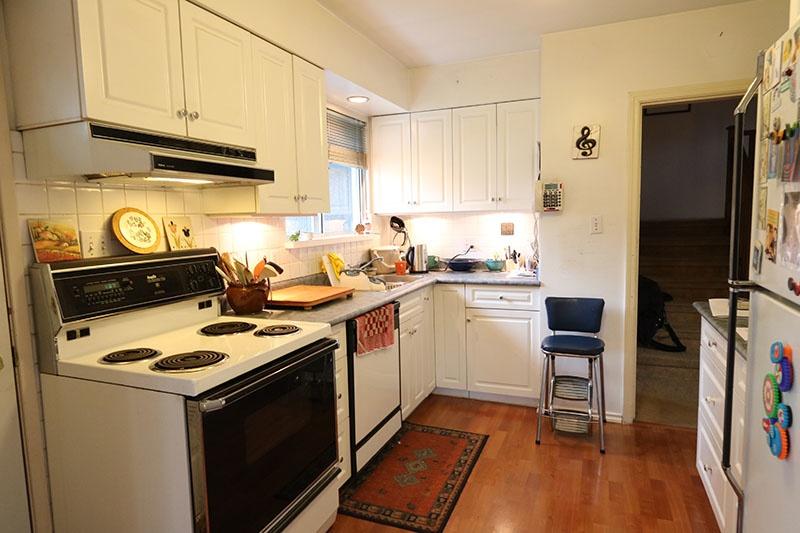 kitchen 9311 gormond rd