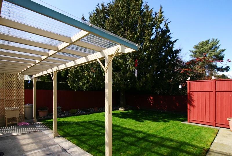 patio & yard