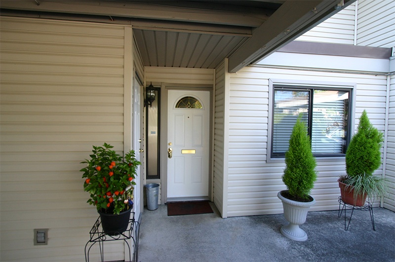 02   front entrance   36 4700 francis rd