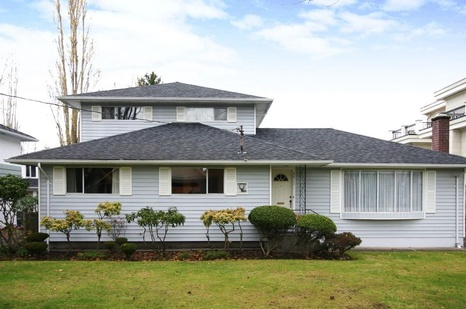 3511 Trumond Avenue - Seafair - Richmond Park