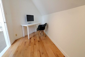 308_1330_graveley_st_loft office