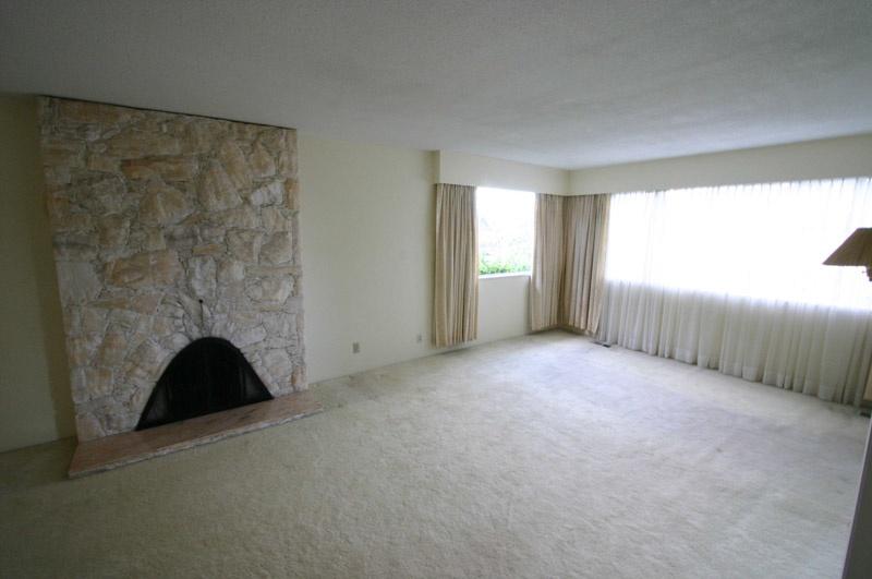 living room   2622 w 1st ave