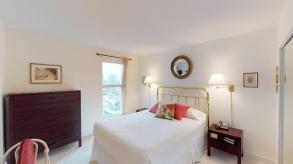 master bedroom  16011323 homer st